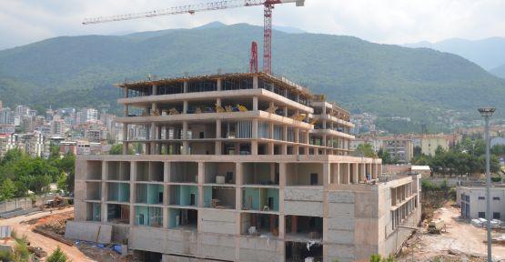 Yüksek İhtisas KVC binası hızla yükseliyor